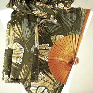 Foulard de algodón 100% estampado digitalmente de aprox. 185 cm. x 90 cm