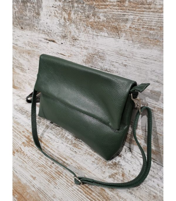 bolso-mediana-con-solapa-artemura-caceres-artesania-artesanal-regalos-bolsos-colgantes-monederos-decoracion---min